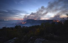 Wildfires spread around Tennesse, killing 14