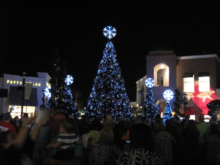The Shops at Wiregrass start the holiday season with a light show, presented by CalAtlantic Homes, with music by the Trans-Siberian Orchestra.