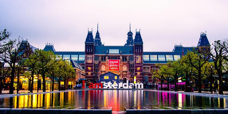 A view of the tourist hotspot I Amsterdam sign.