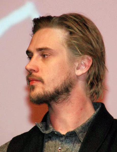 Boyd_Holbrook_Very_Good_Girls_Premiere_%28cropped%29