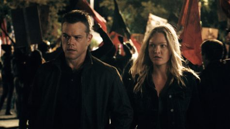 "Jason Bourne (Matt Damon) and Nikki Parsons (Julia Styles) in ""Jason Bourne"""