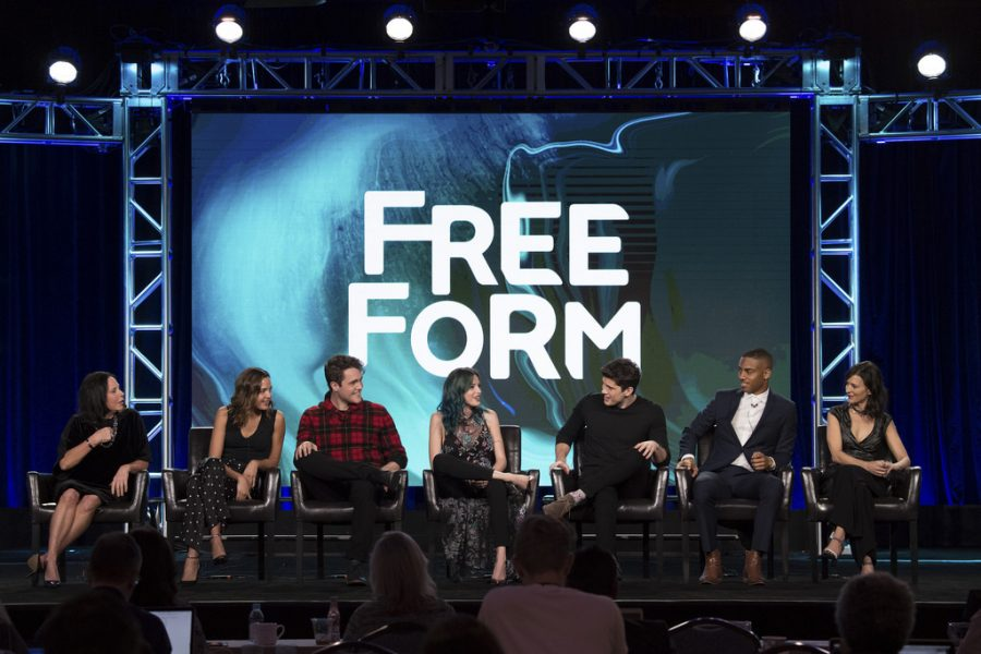 The+Cast+of+Freeform%27s++new+teen+drama%2C+%22Famous+in+Love%22