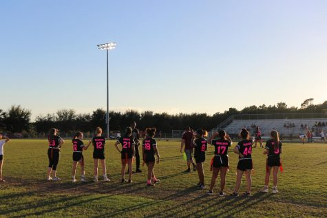 Seniors win annual Powderpuff game