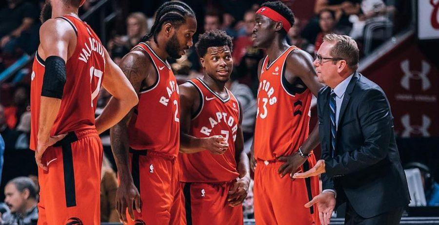 Toronto Raptors' newly acquired head coach Nick Nurse discusses the game-plan with SF Kawhi Leonard, PG Kyle Lowry, PF Pascal Siakam, and C Jonas Valančiūnas.
