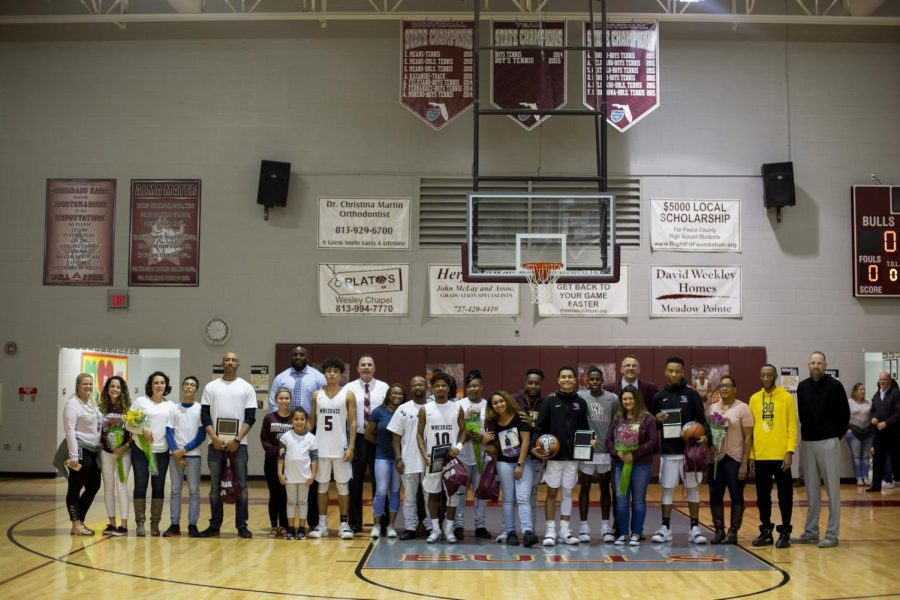 The+Bulls+celebrated+their+annual+%22senior+night%22+in+which+they+commemorated+their+senior+players.