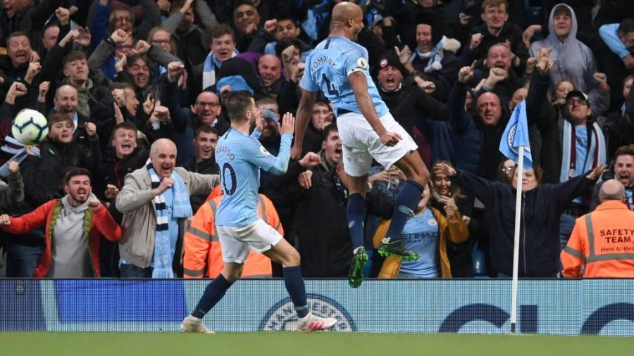 Captain Vincent Kompany celebrating his massive goal in the second half vs Leicester City.