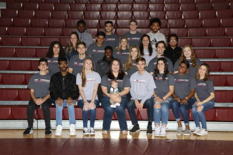 The 2018-2019 newspaper staff.