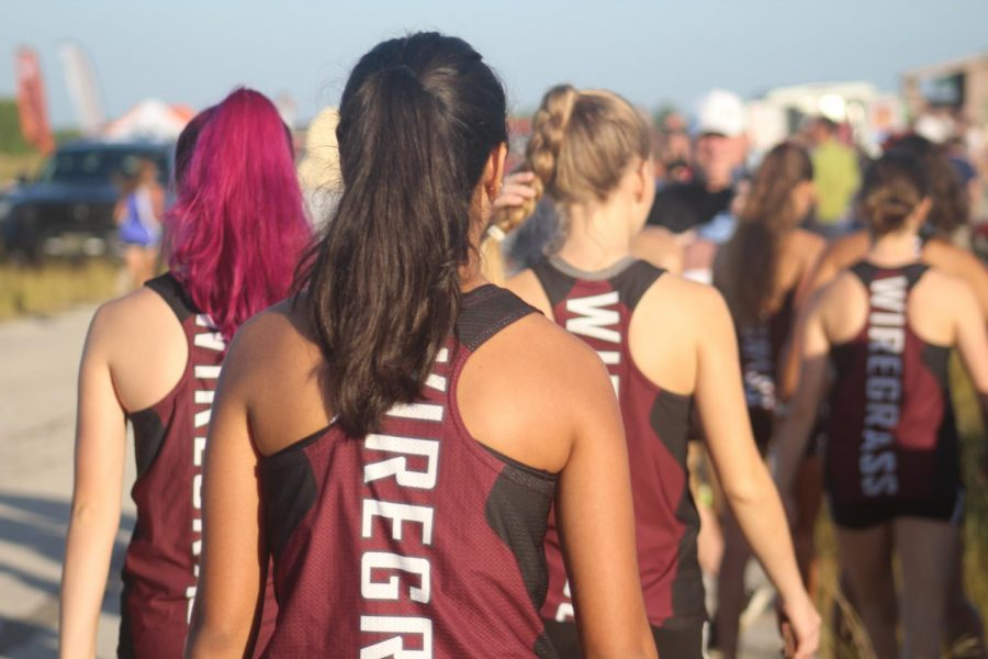 JV girls walking to the start.