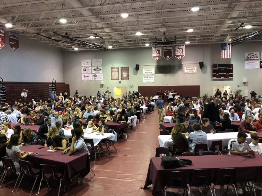 Fall Sports banquet took place in the gym